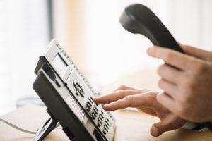 Fallos en la centralita telefónica del Colegio