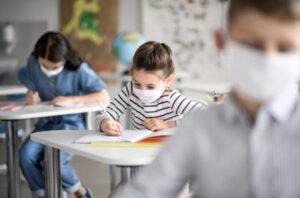 No es competencia de los médicos certificar las ausencias escolares por coronavirus