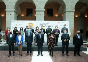 El CGCOM premia la labor de instituciones, profesionales y asociaciones frente a la COVID19